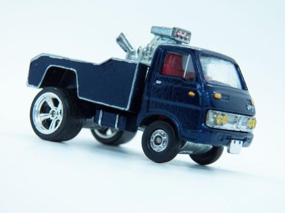 Tomica Custom Isuzu Elf Shop truck