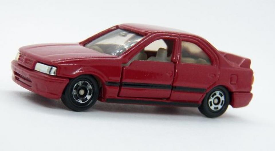 Tomica - Nissan Primera
