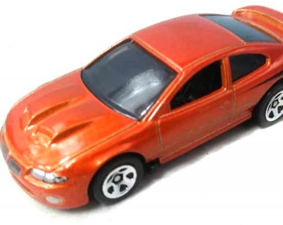 """Um novo Pontiac, mais fotos do """"novo"""" Civic, e a volta da BMW e do Subaru"""