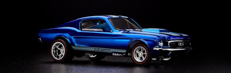 Minis em Foco Notícias: Um dos primeiros Mustang da Hot Wheels com pneus de borracha