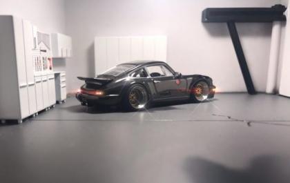 Magnus Walker's 964 by Hot Wheels in 1/64 scale.