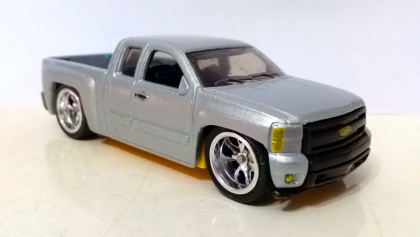 Chevy Silverado / Custom / Hot Wheels