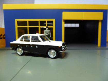 Hot Sixty 4th: Vintage Monday with a 60's Corolla